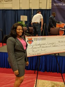 MJ 9390 Shark Tank Boss Lakira Fails Wins $3,000 for her Business Luxurious Lengths